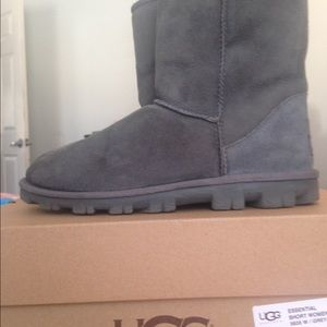 Ugg Essential Short boots worn once.  Size 9